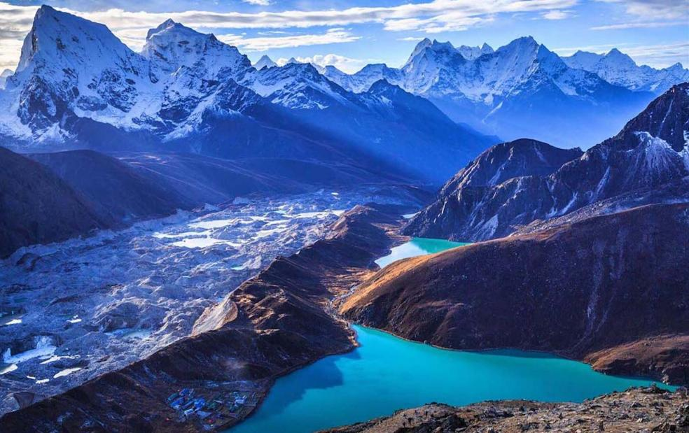 https://www.nepaltrekkingtouroperators.com/wp-content/uploads/2018/12/gokyo-lake-trek-14-days83.jpg